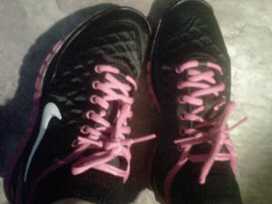 My new Nike Free kicks~ designed to let feet move naturally and to develop strength. Good 4 running!